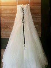Brautkleid von Brautmode