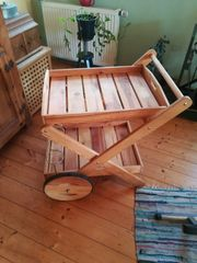Servierwagen aus Holz