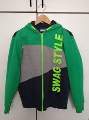 Grüne Yigga Stoffjacke Gr 158-164