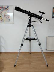 Linsenteleskop zur Sternenbeobachtung
