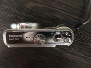2 Akkus mit Ladegerät Panasonic