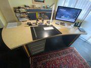 Massiver Schreibtisch - Einzelstück