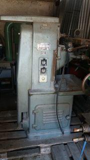 Fräsmaschine HERMLE für Metall