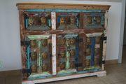 Vintage Kommode in Buddha Optik