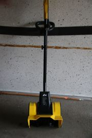 Elektrische Handschneefräse AGT Modell HSB-130