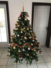 Kunststoff Weihnachtsbaum inkl Deko