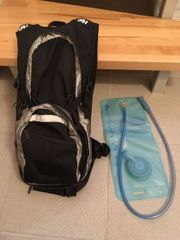 Rucksack mit Wasserbeutel