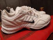 Sneaker Nike Grösse 44