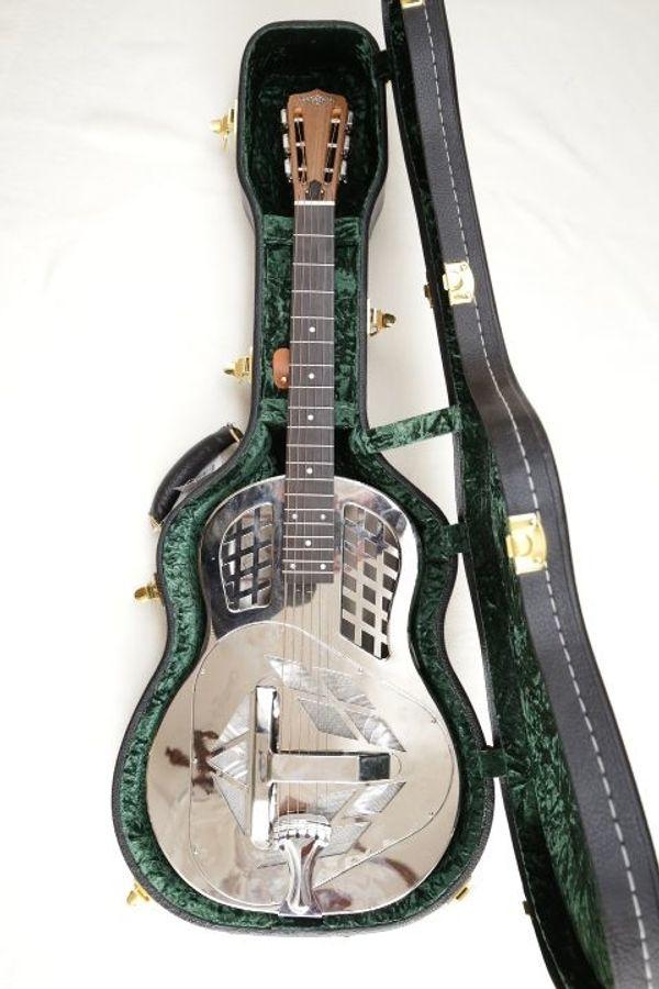 Continental Guitar Modell CS-1Tricone
