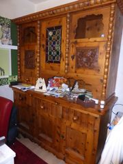 Herrenhausschrank-Küchenbüffet antik