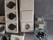 Steckdosen und Schalter