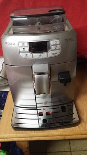 Kaffeevollautomat Saeco Philips Intelia HD8753