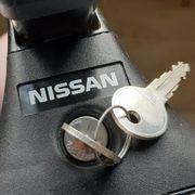 Nissan Dachträger Hutablage