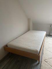 Bett 90x200 mit Matratze