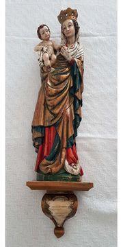 Madonna auf Konsole Heilige Maria