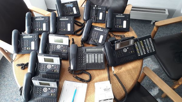 Alcatel 4039 Systemtelefon German Urban