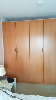 Kleiderschrank bestehend aus 3x2 Türer