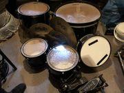 Schlagzeug mit Evans Fellen Paiste