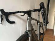 Rennrad Trek Madone mit kompletter