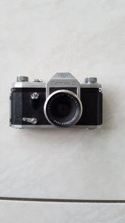 Kamera Contax D mit Tasche