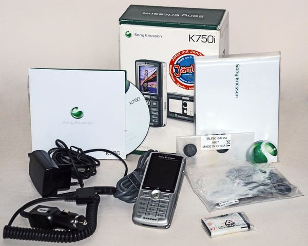 SONY K750i Handy Telefon Mobil