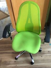 grüner Bürostuhl