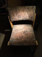 Gepolsterter Stuhl für den Garten