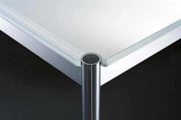 USM Haller Schreibtisch mit Glasplatte