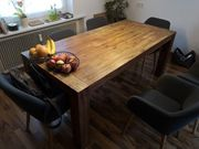 wunderbarer massiver Holz-Tisch