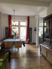 Schöne 3-Zimmer Altbau -Wohnung im