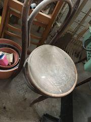 3 antike Kaffeehausstühle