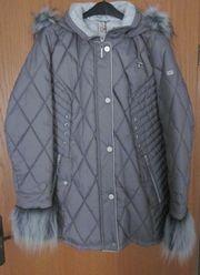 Gr 46 Winter-Jacke mit Kapuze