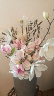 2 Magnolien-Kunstssträuße hochwertig