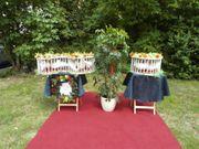 Weiße Hochzeitstauben in der Spreewaldregion
