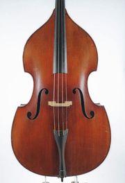 Ein sehr schöner alter Kontrabass