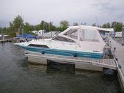 Motorboot mit Liegeplatz 2021