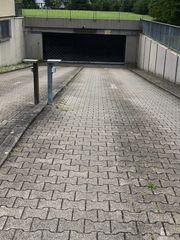 Tiefgaragenstellplatz in Neureut zu vermieten