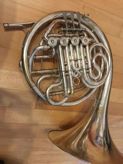 Horn Lorenzo Sansone