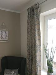 Vorhang für Stange und Schiene