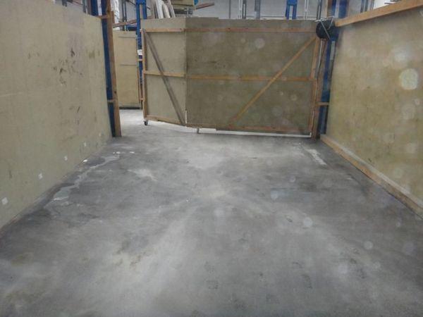 Hallenfläche mit Büroflächen zu Vermieten