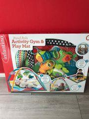 Infantino Tiere Spieldecke mit Spielbogen