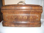 Koffer-Nähmaschine VÉGA