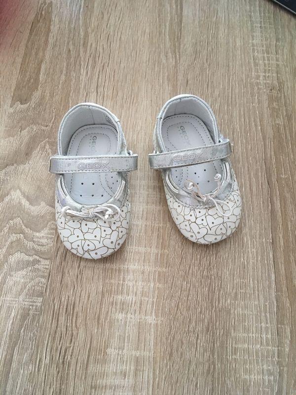 Verkaufe Geox Tauf Baby Schuhe Größe 20 von 1 bis 2 Jahre in