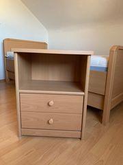 Einzelbett-Komforthöhe Buche mit Nachtschränkchen Rost