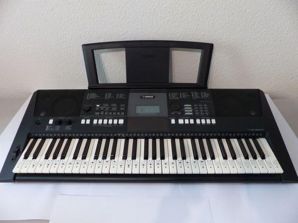 Yamaha PSR-E423 Keyboard 61 Klaviatur