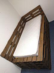 Palettenbett 240 x 120 cm