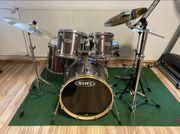 Schlagzeug von MAPEX