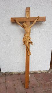 Jesus Kreuz aus Holz