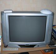 3 Fernseher Röhrenbildschirme Metz und