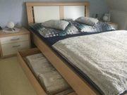 Biete schönes Schlafzimmer für kleinen